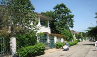 PH340 ขายบ้านเดี่ยว หมู่บ้านลัดดารมย์ รัตนาธิเบศร์ ใกล้ห้างดัง มหาลัย โรงเรียนนานาชาติ มหาวิทยาลัย